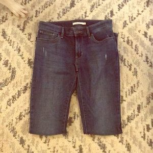 Denim - Levi's 711 Skinny jeans Size 28